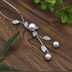 huitan Jewelry - New pearl crystal leaves flower Pendant necklace